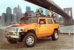 GM HUMMER under Brooklyn Bridge