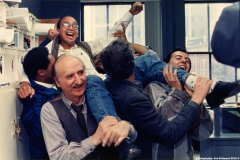 Photographer Manny Crisostomo wins the 1989 Pulitzer Prize