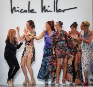 Nicole Miller NYFW SS20 with Supermodels