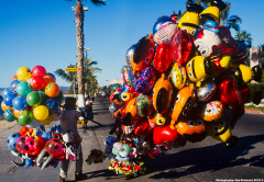 Balloon Vendors in LaPaz